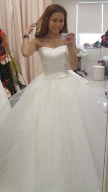 和ドレス・ウエディングドレスのドレスオーダー・レンタルドレスはアリアンサ|ドレスのレンタル オーダーメイド