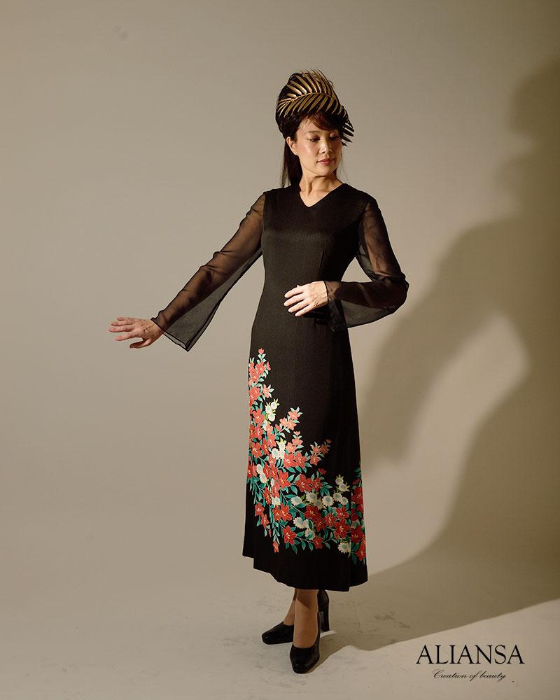 黒留袖ドレス001