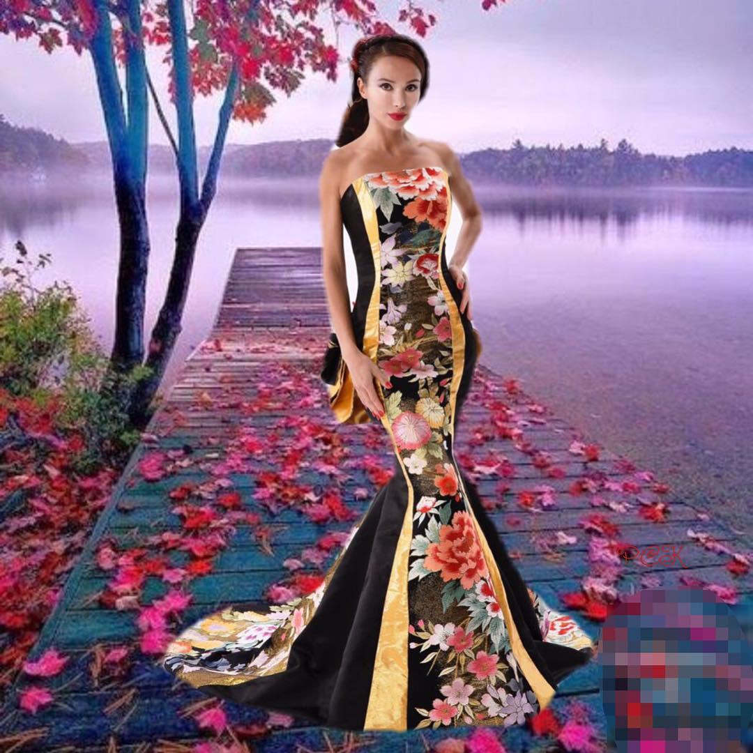 同じマーメイドドレスでも、 結婚式で選ばれるドレスと、 コンテストやショーで選ばれるドレスは かなり違うのです。  見栄え、色合い、配色、 それぞれのイベントごとに好まれるドレスも変わります。  このドレスはショーやコンテストで選ばれそう。  普段には着られないけど、 もっと気軽にドレスを着てもらいたい。  お手入れも楽で、 パーティドレスとして着られるようなドレスを 現在製作中。  お披露目は来年になるかな?  Design : 上田 惠衣香 西本聡子 Hair & Make-Up : 上田 美江子 Photo : 武内 俊明 Model : Svetlana Kl Tailoring:Ikuyo Matsuda  ********************  ********************