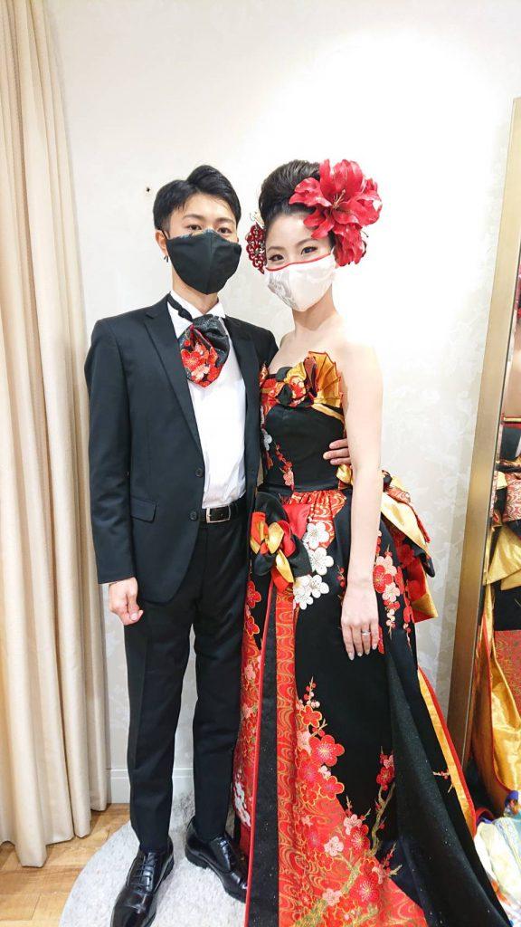 花嫁 花婿 マスク かっこいい キレイ 白無垢マスク 黒と赤のドレス