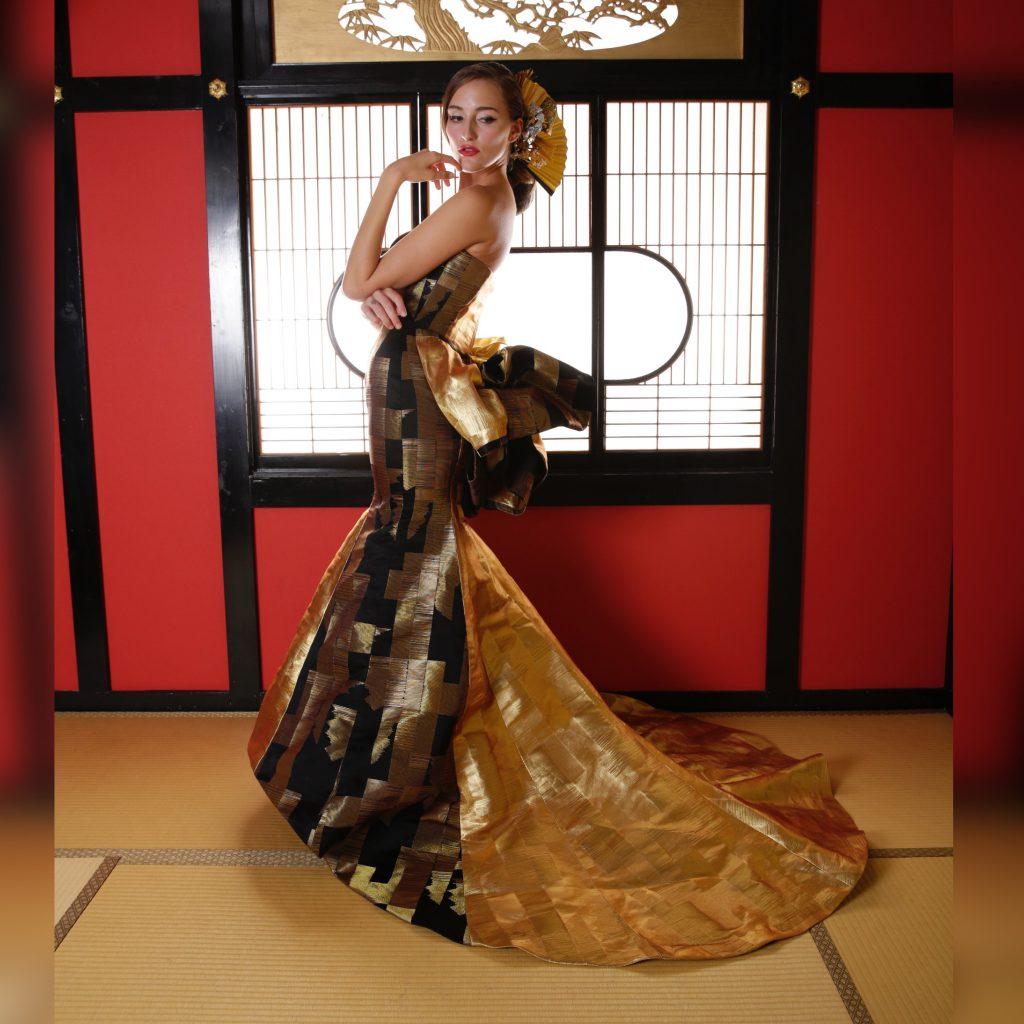 マーメイドドレス 金色のトレーン アリアンサ