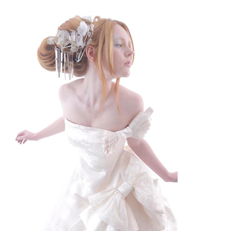 白無垢ドレス 白無垢ウェディングドレス オフショルダー飾り アリアンサ