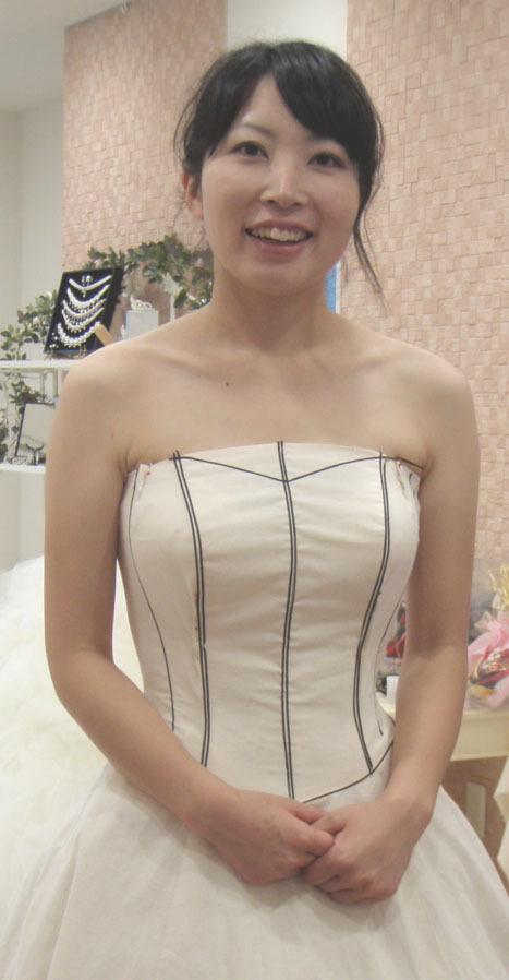 胸元ライン訂正 仮縫い ビスチェドレス ライン取り アリアンサ